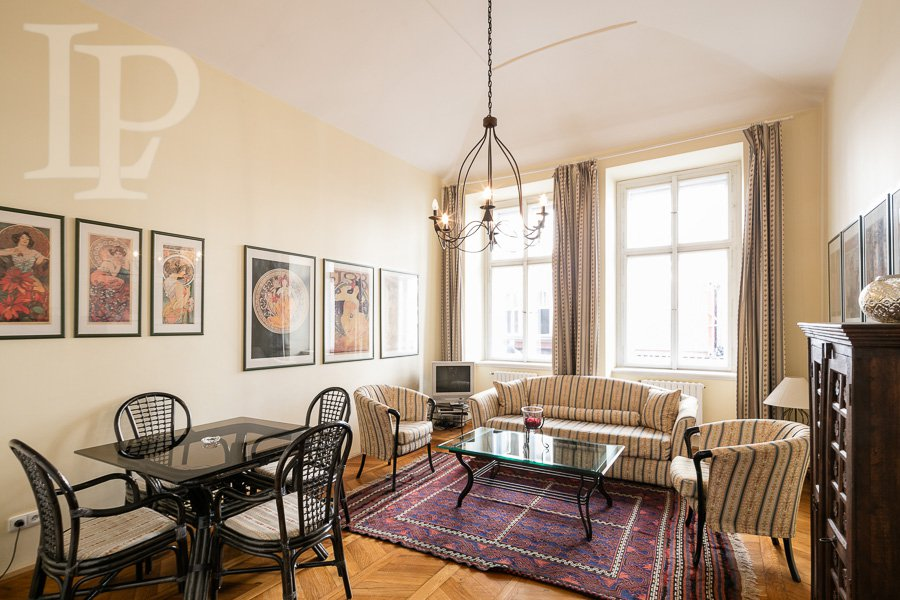 Pronájem krásného bytu 2+1 ve skvělé lokalitě Újezd přimo u řeky