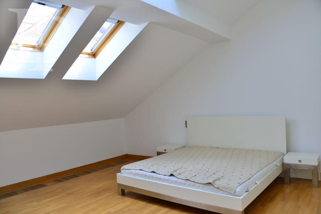 High standard fully furnished 2 bedroom apartment, Haštalská, Prague 1, overlooking the Prague Castle
