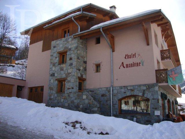 Prodej hotelu v luxusním lyžařském středisku Les Menuires, Francie