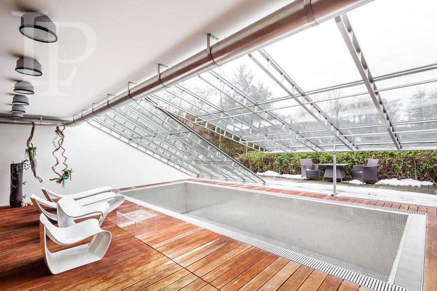 Luxusní dům 7kk , 577m2, v přírodním parku, vn. bazén, terasy , 1775m2, Hostivař