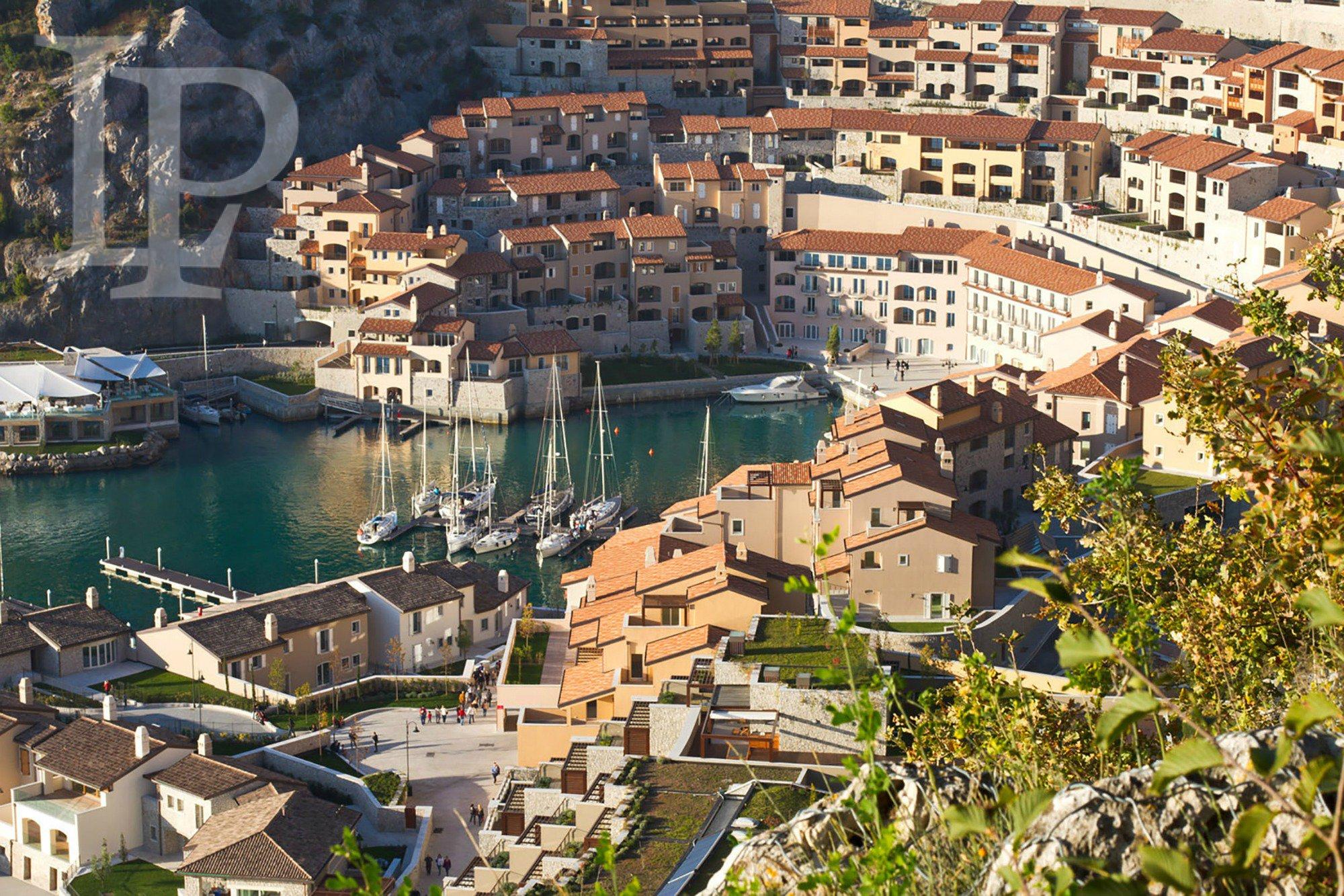 Luxury project in Porto Piccolo, Italy
