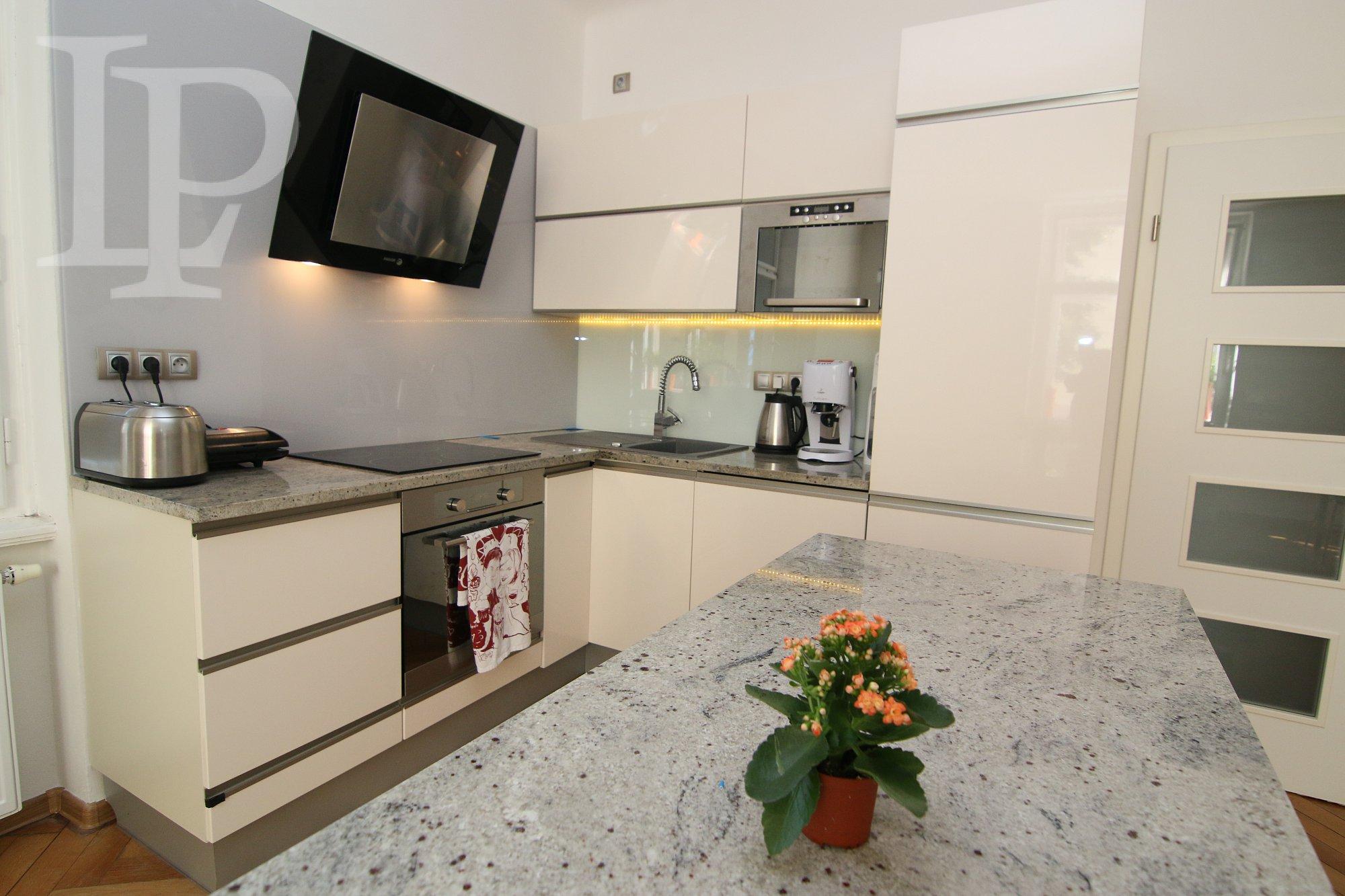 Luxusní byt, Praha 6 Bubeneč, 4+kk , 121 m2, v OV, cihla