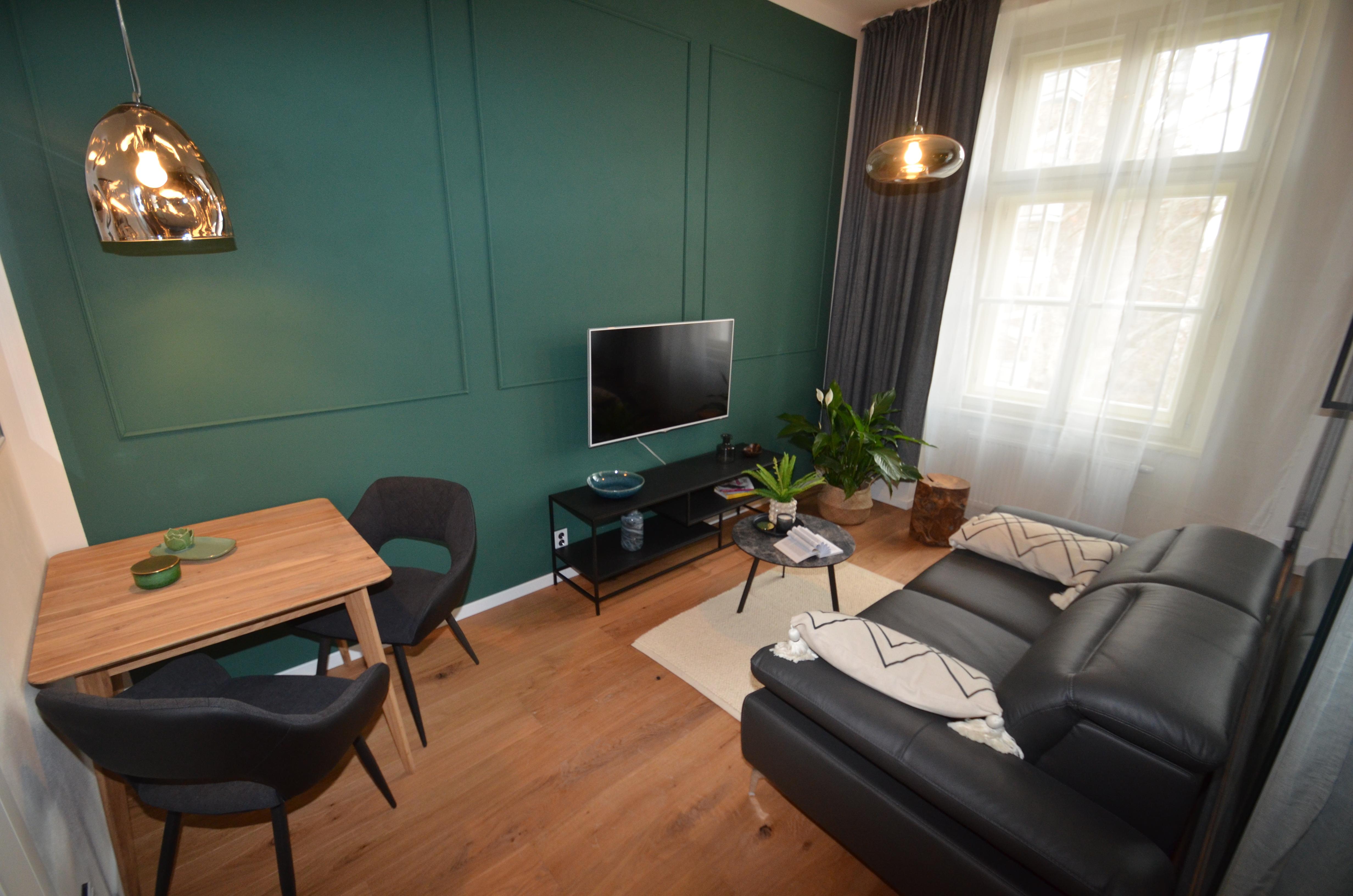 Šikovně dispozičně řešený byt 1+kk v Rezidenci Karlínské náměstí s výhledem na Vítkov a podlahovou plochou 27,6 m2